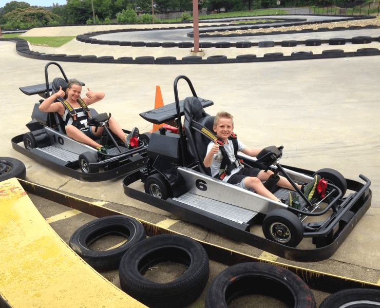 Funtrackers Go Karts – Two Kids Thumbs