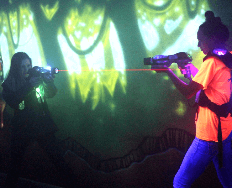 Funtrackers Laser Tag – Two Girls Playing