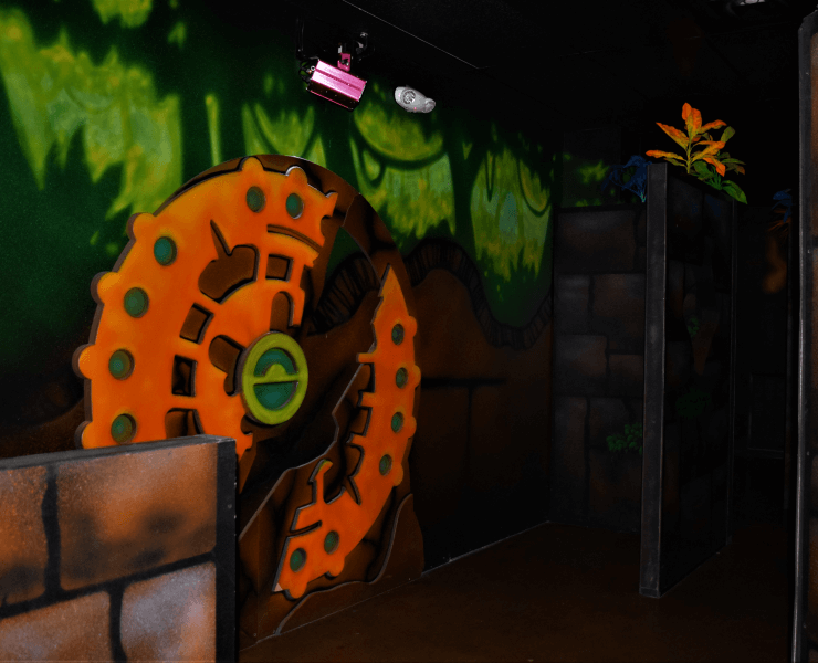 Funtrackers Laser Tag – Wall Decoration