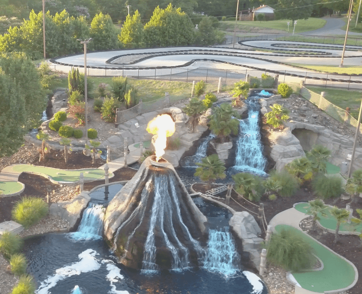 Funtrackers Mini Golf – Volcano Fire